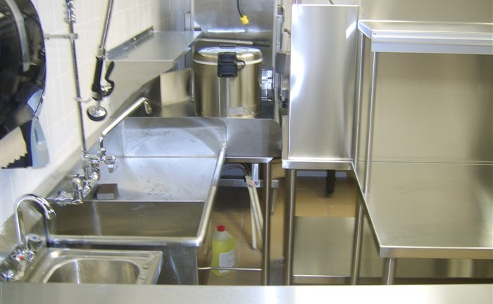 Commercial Grade Stainless Steel Restaurant Kitchen