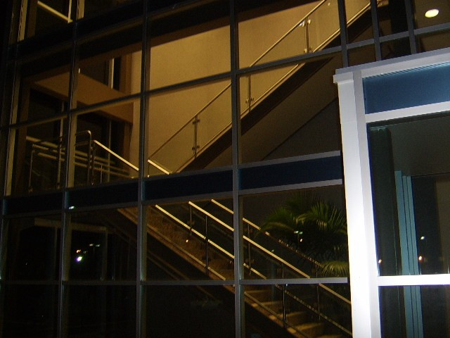 glass set in stainless steel handrailing